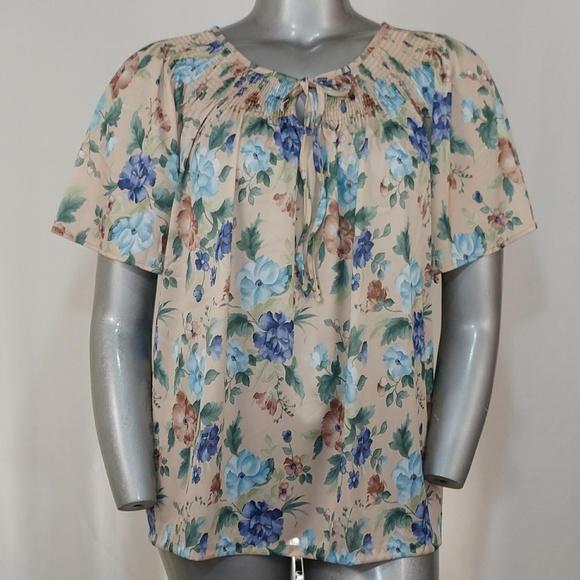e8423546b60 Vintage Haband Floral Smocked Short Sleeve Top